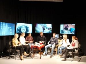 Im Fernsehstudio des Hochschule Merseburg. Foto: Ivette Witkowski