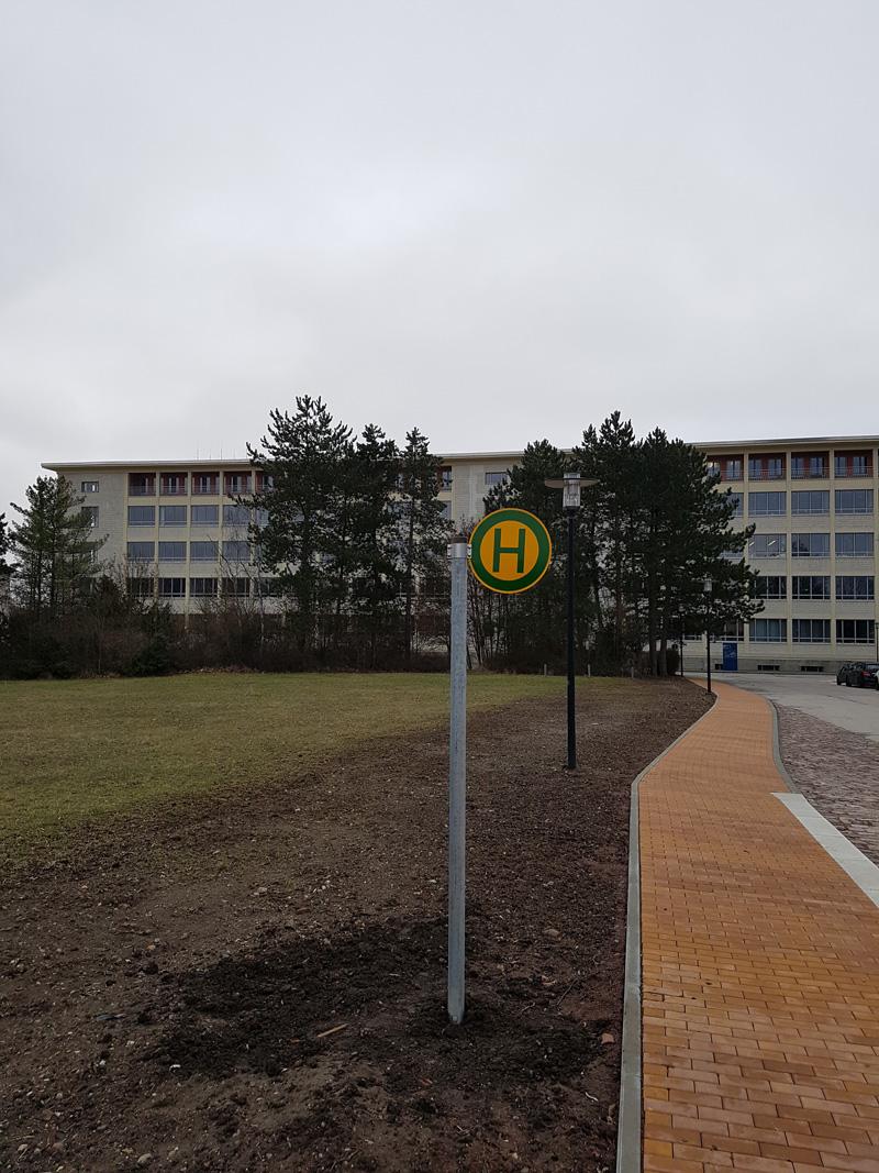 Neue Bushaltestelle direkt auf dem Campus